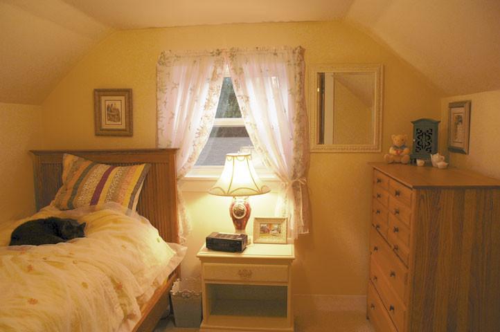 Sypialnia, jak ze snów, czyli jak zaaranżować piękne i komfortowe pomieszczenie?