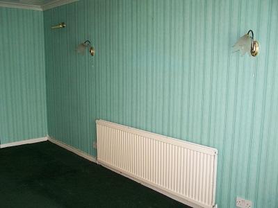 Dlaczego warto zdecydować się na tapety w mieszkaniu?